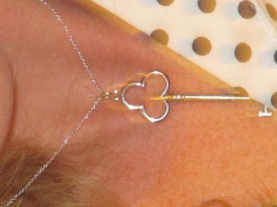 The beautiful Tiffany key necklace Matt got for Meg <3